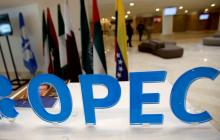 """ОПЕК+ """"рассорилась"""" накануне новых переговоров по нефти - сделка под угрозой срыва"""