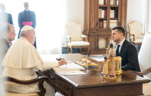 """""""Через 2 месяца после """"Нормандии"""", - Зеленский сказал, чего попросил у Папы Римского"""