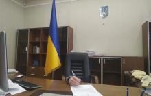 Министр юстиции залез под стол и обратился к Гончаруку: странное фото вызвало скандал