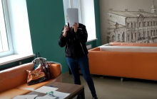 """Скандал после местных выборов: в Житомире члены комиссии напали на наблюдателя """"Опоры"""""""
