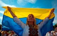 """""""Украина - это каждый из нас"""", - Гройсман, Турчинов и Парубий ярко поздравили страну с Днем Независимости, кадры"""