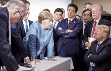 """Рашн водка"" и Трамп в детском кресле: фото с саммита G7 сподвигло соцсети на создание фотожаб"