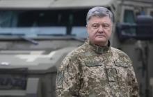 """В Мариуполе 500 будущих украинских воинов из Донбасса мощно приветствовали Порошенко словами """"Слава Украине!"""""""