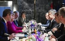 """РФ не избежать """"Азовского пакета"""" санкций: Порошенко и Меркель договорились, как """"прижать"""" Москву"""