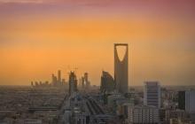 В столице Саудовской Аравии у королевского дворца слышны стрельба и взрывы: возможен госпереворот - подробности и кадры