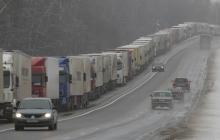 Блокада российских фур: первые грузовики проехали из Украины в Беларусь