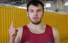 Борец Грицай предложил Усику записать обращение к Путину и дал свой вариант текста