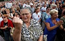 """Жители """"ЛНР"""" устроили бунт и выдвинули ультиматум боевикам: """"Военных сметут и попросятся назад в Украину"""""""