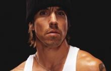 Red Hot Chili Peppers шокированы госпитализацией фронтмена
