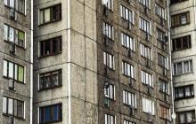 В Москве многодетная мать угрожает убить детей и совершить суицид: женщина закрылась в квартире - СМИ