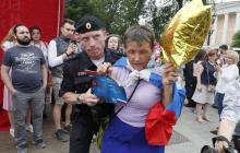 """Москва, Путин приказал уничтожить: """"Сынок, сегодня твоя мама посмотрит по телевизору, как ты женщин, девочек, детей винтишь, которые за твое будущее вышли"""""""