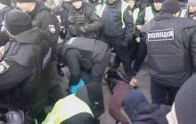 В Киеве после драки с полицией задержали сторонников Савченко: есть раненый - фото