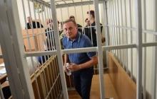 """Блогер: Александр Ефремов будет на зоне шить трусы для украинских солдат и станет """"любимой женой"""""""