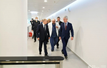 Песков: члены правительства, посетившие с Путиным Коммунарку, тестируются на COVID-19