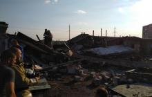 В оккупированной Горловке взрывом разнесло гаражный кооператив: в Сети опубликовали кадры сильных завалов