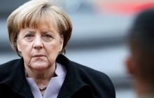 """У Меркель назвали Зеленского """"чистым листом"""", который увиливает от вопроса европейского курса Украины"""