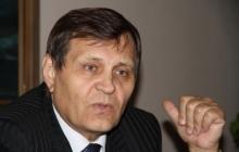 Симоненко был в ярости: в 2010 году коммунист Килинкаров за 3 миллиона долларов продал победу на выборах мэра Луганска ставленнику Ефремова – Ландик