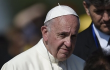 """Римский Папа извинился перед теми, кто раньше подчинялся """"мамам"""": """"Прошу прощения за всех верующих, которые вас эксплуатировали и насиловали"""""""