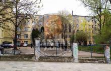 В больнице Львова прогремел взрыв, есть погибший - появились первые кадры с места ЧП