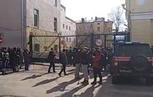 В Санкт-Петербурге прогремело два сильнейших взрыва – прямая трансляция с места событий