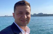 Зеленский в одних шортах попал на видео в Одессе - очевидцы были под впечатлением