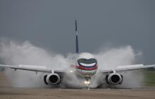 Кремль начал увольнять лучших летчиков России: что происходит