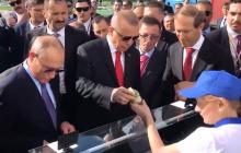 """Путин сделал подарок Эрдогану и его делегации: россияне в бешенстве от """"щедрости"""" президента - видео"""