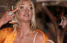 """""""После этой алкашки обработайте магазин"""", - Анастасия Волочкова напилась в магазине и распугала покупателей"""