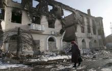 """""""Вы убили наш город и скрываете улики от Гааги"""", - житель Дебальцево сказал правду российским журналистам - кадры"""