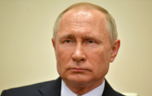 Путин пожаловался Макрону на Украину