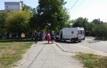 В Запорожской области эвакуировали полторы тысячи учащихся и педагогов – полиция проверяет анонимную информацию о минировании сразу двух школ