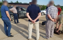 В Черновицкой области во время задержания умер пойманный на взятке чиновник - появились кадры ЧП
