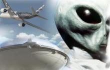 Мексиканские пилоты увидели, как пришельцы едва не вывели из строя двигатель американского самолета