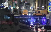 Новые кадры из Москвы: Евгений Манюров атакует здание силовиков ФСБ, люди разбегаются в панике