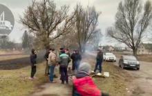 Под Тернополем строят блокпосты из-за эпидемии коронавируса Covid-2019 - эвакуация обернулась скандалом