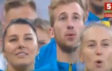17 украинцев с золотыми медалями поют Гимн Украины в Минске: слезы счастья и гордость за свою страну - видео