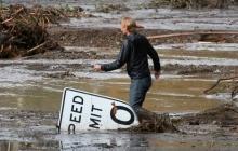 В Америке 18 человек погибли и еще несколько пропали без вести в результате схода селевых потоков в Монтесито - опубликованы кадры