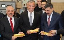 """Турции угрожают санкции США из-за участия в """"распиле"""" золота Венесуэлы, проданного с помощью РФ"""