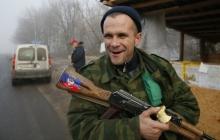 """Боевиков """"ДНР"""" в Новоазовске атаковали вши - террористы не могут дать отпор """"кровожадному противнику"""""""