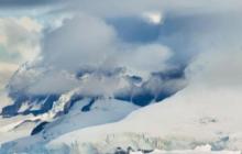 В антарктических льдах обнаружили внеземную жизнь: инопланетяне следят за нами