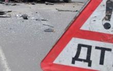Тело с трудом достали из искореженного авто: в страшном ДТП на Донбассе пострадало 5 человек - кадры аварии
