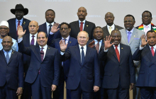 """Российская """"фабрика троллей"""" живет и здравствует в Африке"""