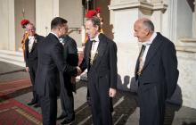 Зеленский прибыл в Ватикан на встречу с Папой Римским: первые кадры
