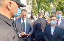 """Зеленский дал месяц силовикам Запорожья на решение проблемы: """"Отчет в сентябре"""""""