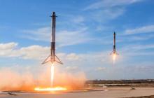 Ракетные ускорители Falcon 9 возвращаются на Землю: как будто фильм о будущем – кадры