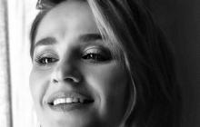 "Звезда ""Квартала 95"" Марта Адамчук заинтриговала Украину пикантным фото"