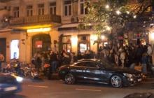 """Жители Одессы """"штурмом"""" взяли ночной клуб: сотни человек даже не думали расходиться"""