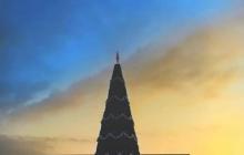 Небесная канцелярия дала добрый знак Донбассу: небо в оккупированном Луганске стало желто-голубым –  уникальное фото