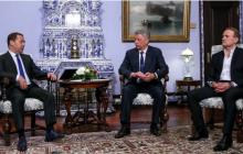 """Медведчук предложил Медведеву """"дружить партиями"""" - на фоне 13 тысяч погибших в войне с Россией"""