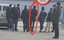 Двойное убийство в Киеве: появилось фото главного подозреваемого на месте преступления
